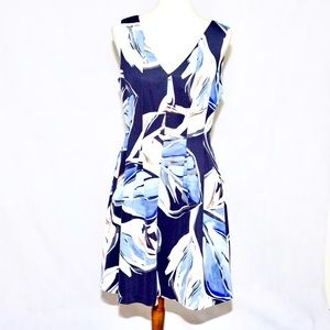 Vince camuto | sleeveless floral pattern dress.